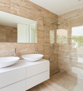 Sprchové a vanové zásteny